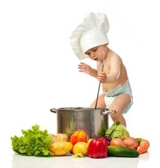 bimbo che cucina
