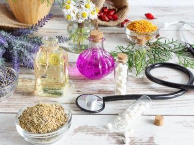 omeopatia e medicina stetoscopio preparazioni fiori